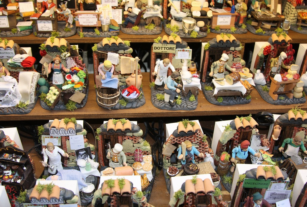Vendors such as butchers, bakers, gynecologists and pizza makers are available on San Gregorio Armeno Street to include in your traditional nativity.