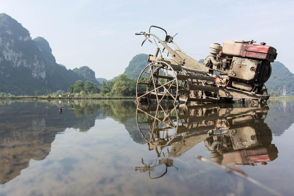 Endless karst peaks at Ninh Binh   © a_brlnr/Flickr