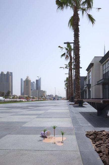Oasis, Dubai UAE, 2016 |Courtesy of Slinkachu