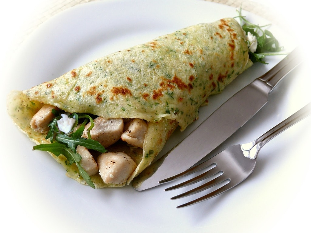 https://pixabay.com/en/pancake-cr%C3%AApes-filled-eat-hearty-577386/