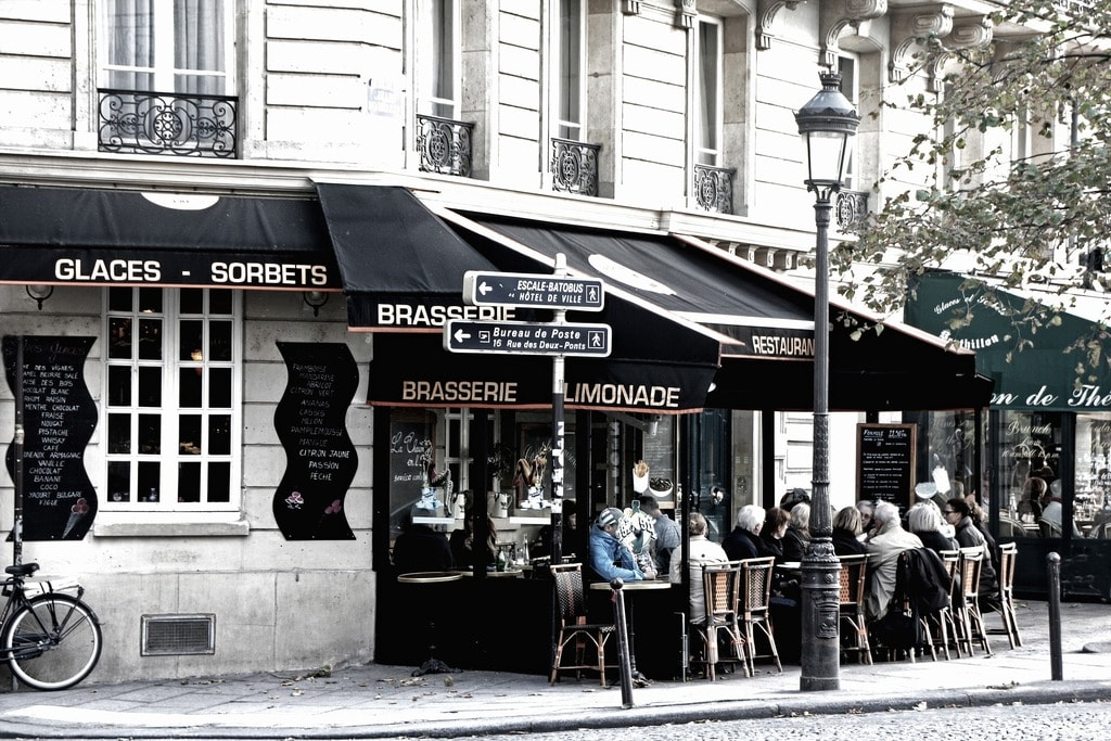 paris-2573525_1920