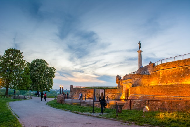 The Victor Monument stands tall over Kalemegdan | © Miloš Bogudanović / pexels