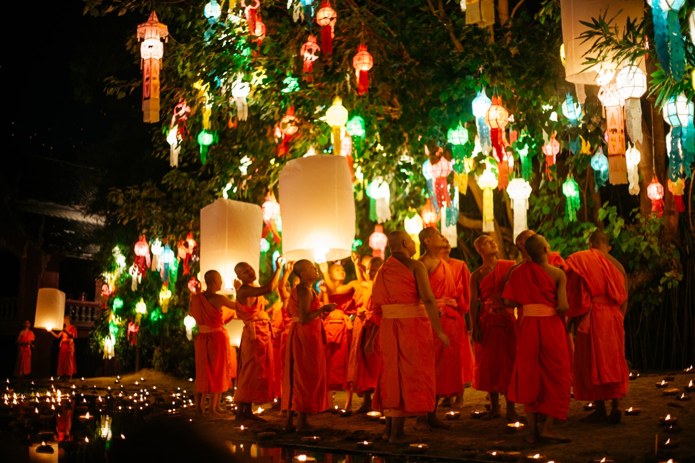 RAW 112-EMIDI- Loi Krathong- Wat Phan Tao, Chiang Mai, Thailand (1)