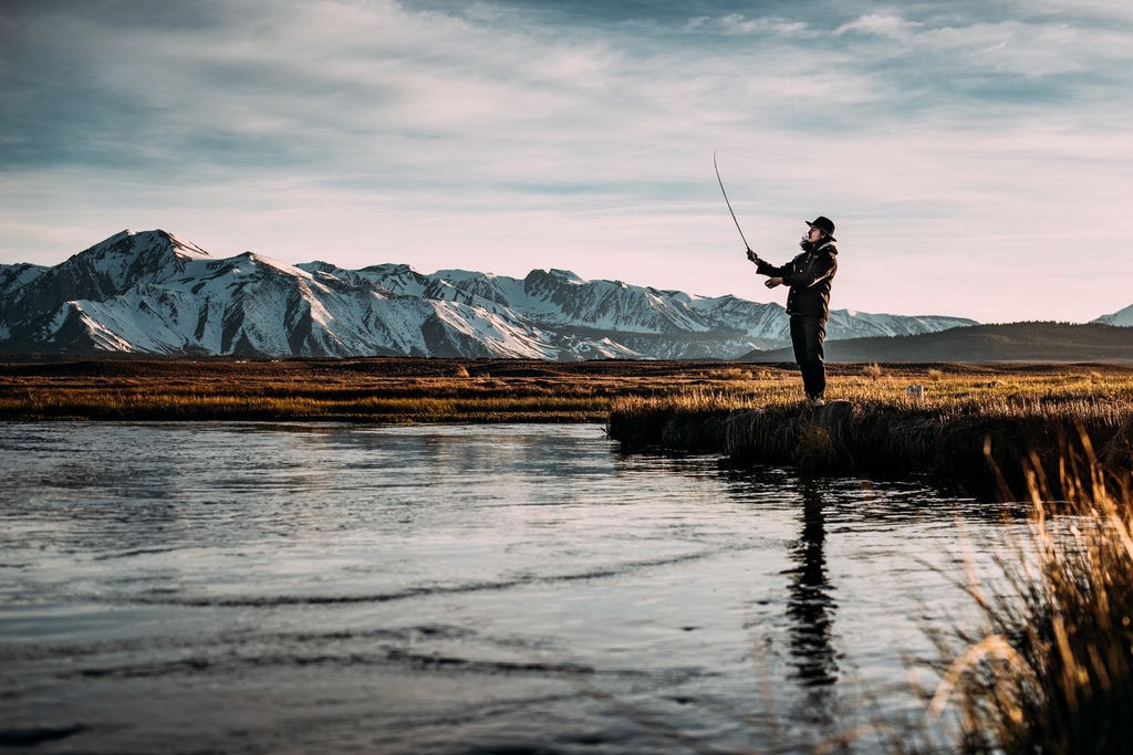 Fishing for compliments | © Robson Hatsukami Morgan / Unsplash