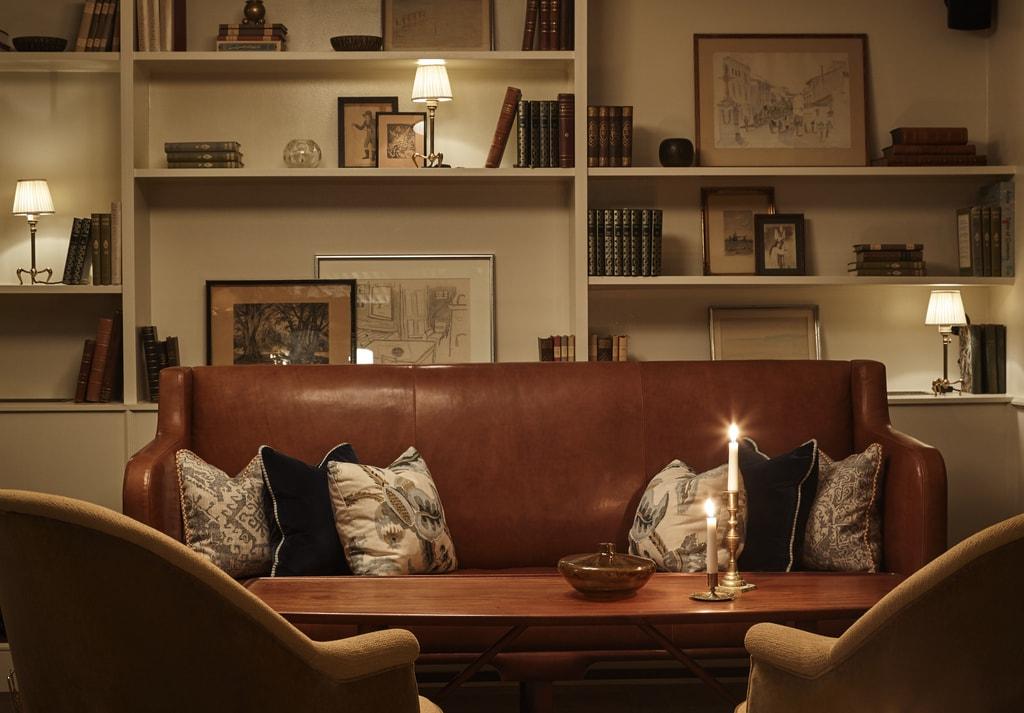 Lobby-cum-living room | © Sanders hotel