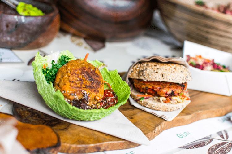 https://www.foodiesfeed.com/free-food-photo/creative-vegetarian-meal/