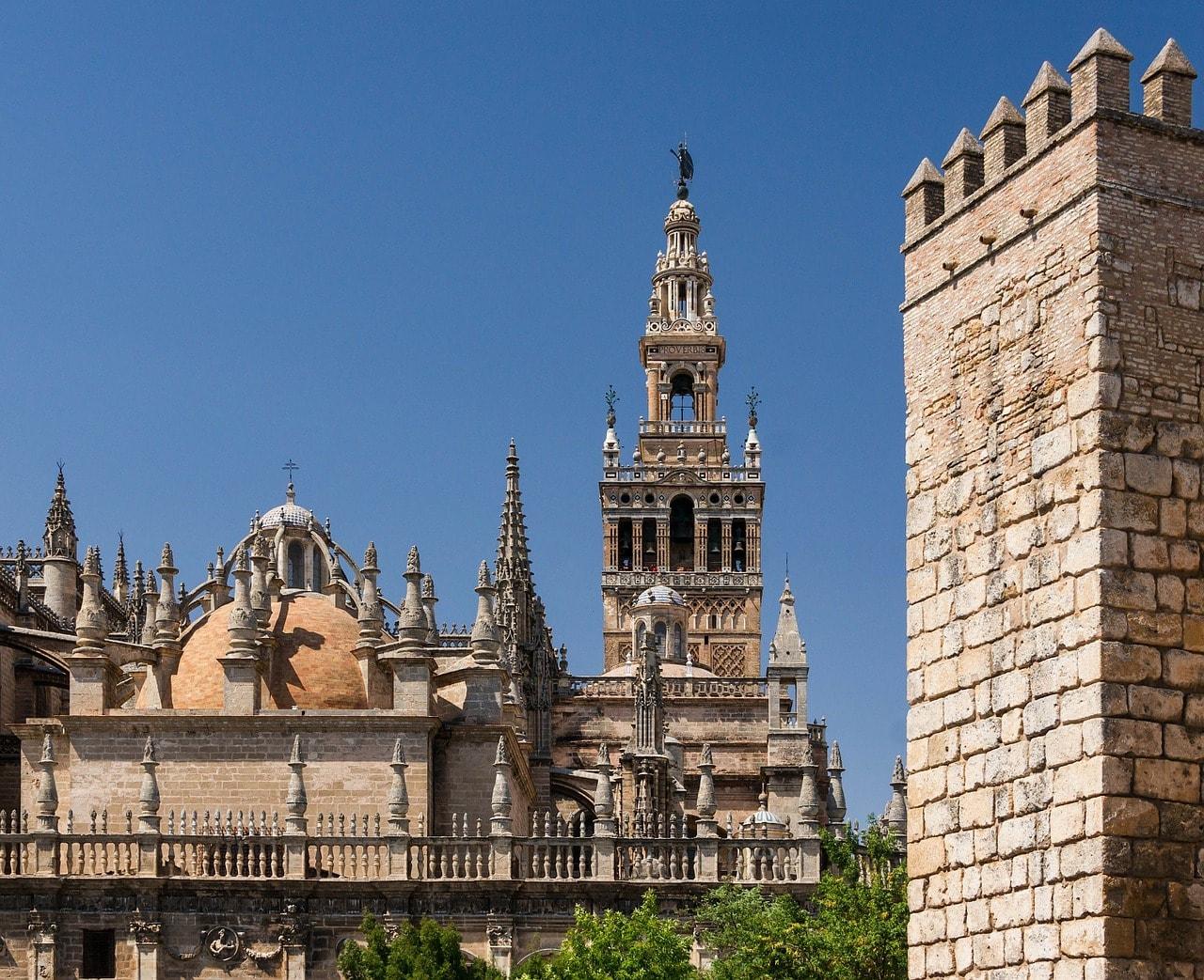 https://pixabay.com/en/seville-spain-real-alcazar-95310/