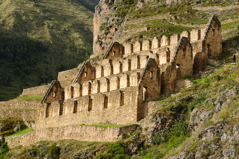 Pinkulluna Inca ruins in the sacred valley in the Peruvian Andes | © Rafal Cichawa/Shutterstock