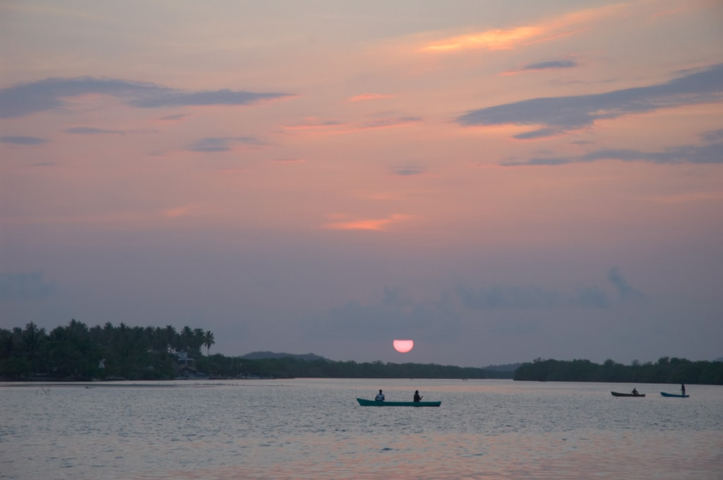 Sunset on the Lagunas de Chacahua, Mexico   © Elisa Locci/Shutterstock