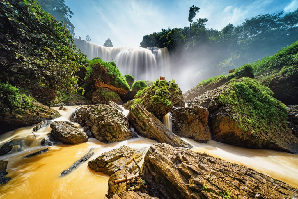 Elephant waterfalls near Dalat | © Hoang Tan/shutterstock