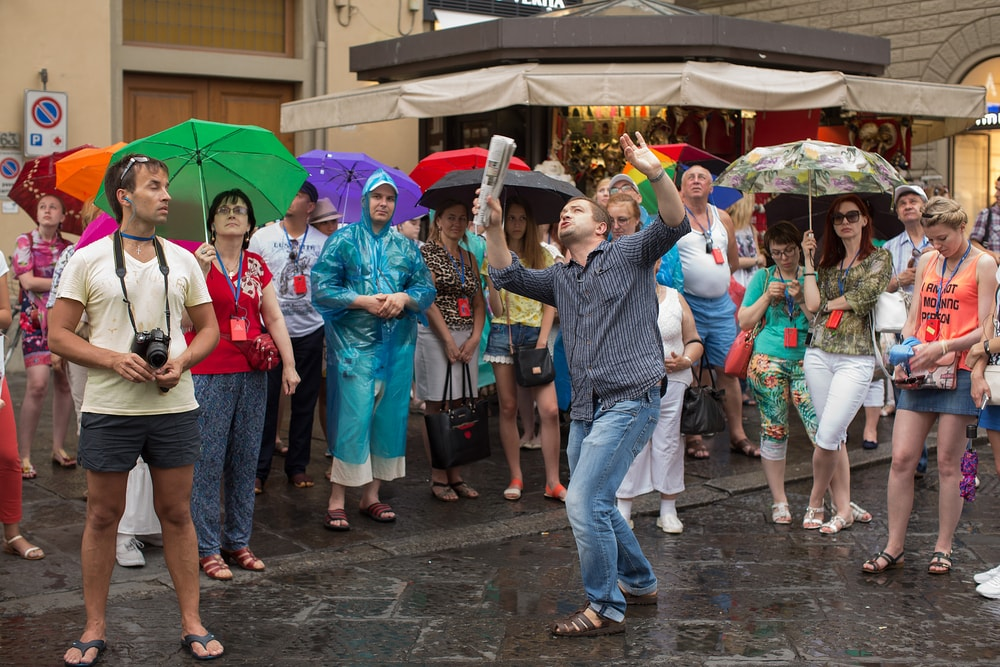 Suspiciously animated tour guide in Florence, Italy   © Steve Lovegrove/Shutterstock