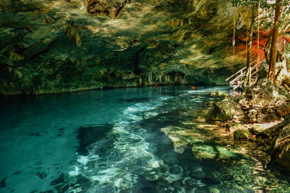 Dos Ojos Cenote, Tulum, Mexico | ©lastdjedai/Shutterstock