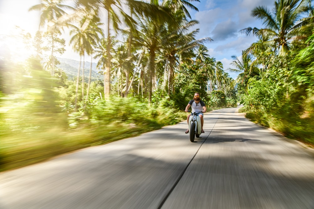 Motorbiking through Thailand | © Joshua Resnick / Shutterstock