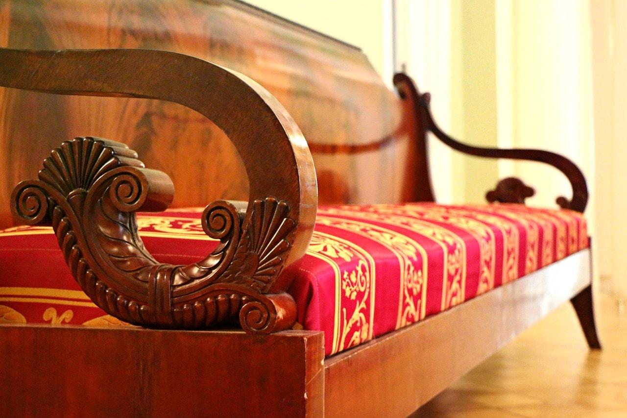 sofa-1603928_1280