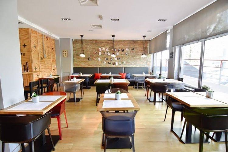 Spizza interior   Courtesy of Spizza