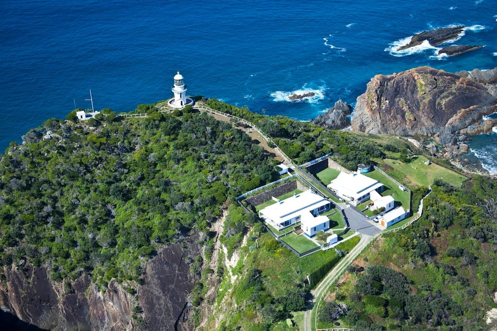 Sugarloaf Point Lighthouse   © Airbnb