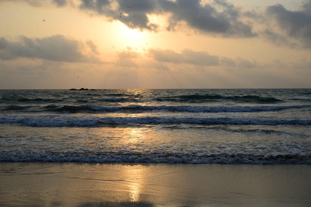 Sunset-at-Ngwe Saung Beach-Myanmar