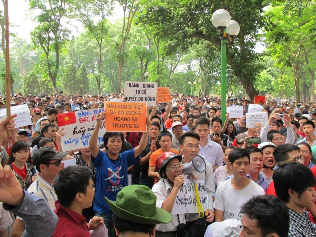 Vietnamese protesting against China | © VOA/WikiCommons