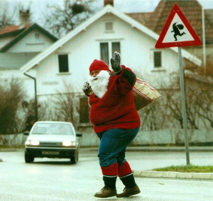 Watch out for Santa! | Courtesy of Tregaarden's Julehus