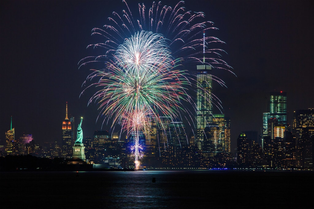 Waterfront fireworks in New York City | Anthony Quintano Flickr