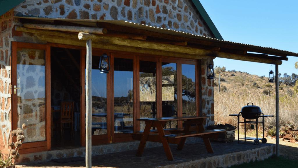 Weekend getaways_Wooly Bugger cottage-min