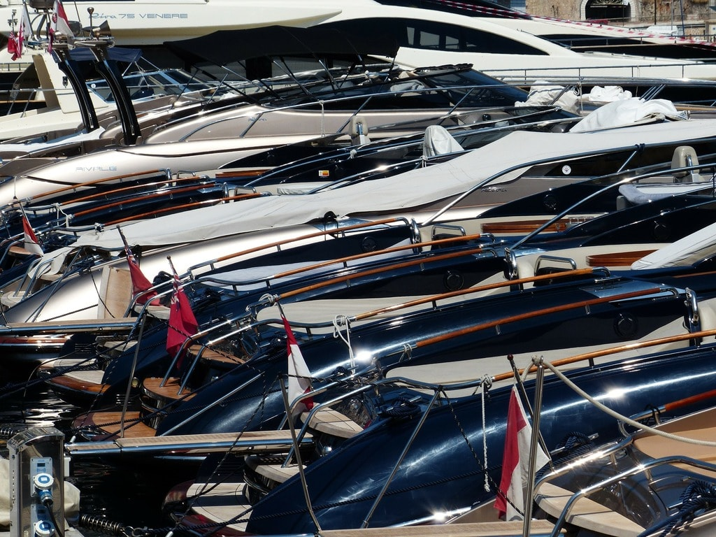 yachts-187131_1920