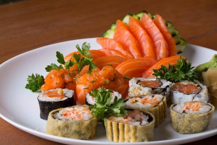 Salmon sushi | (c) Yosuki Sushi House