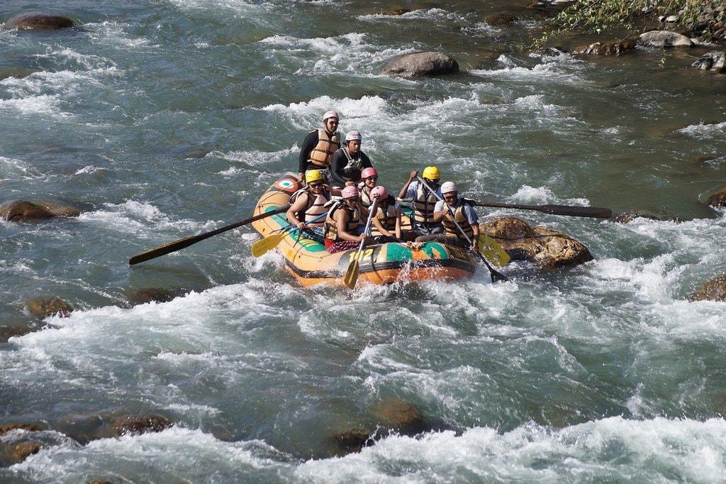 12.kasol_rafting_