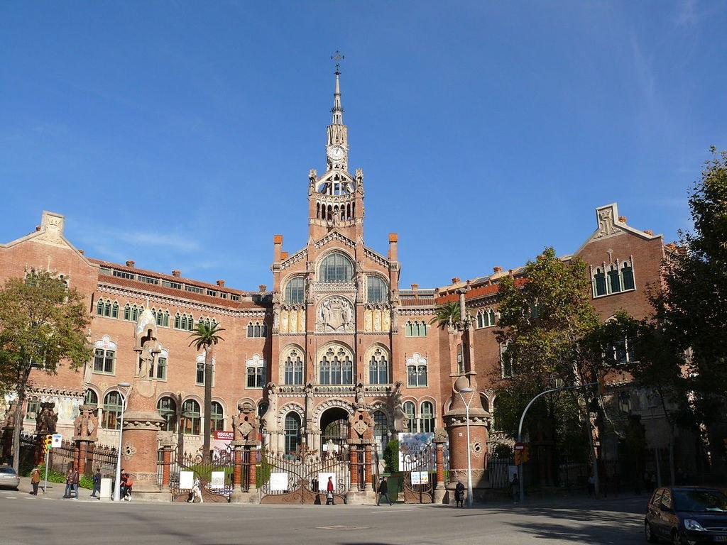 Hospital de Sant Pau i de la Santa Creu, Barcelona | ©DagafeSQV / Wikimedia Commons