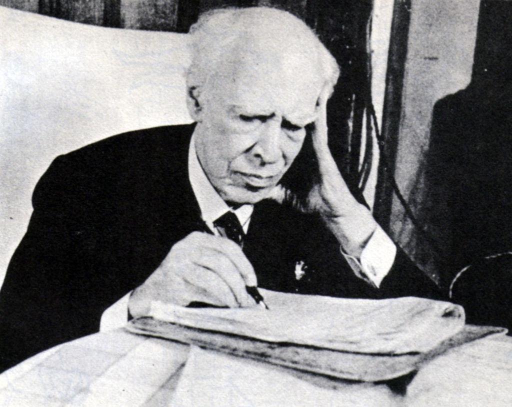 1280px-Konstantin_Stanislavski_in_1938