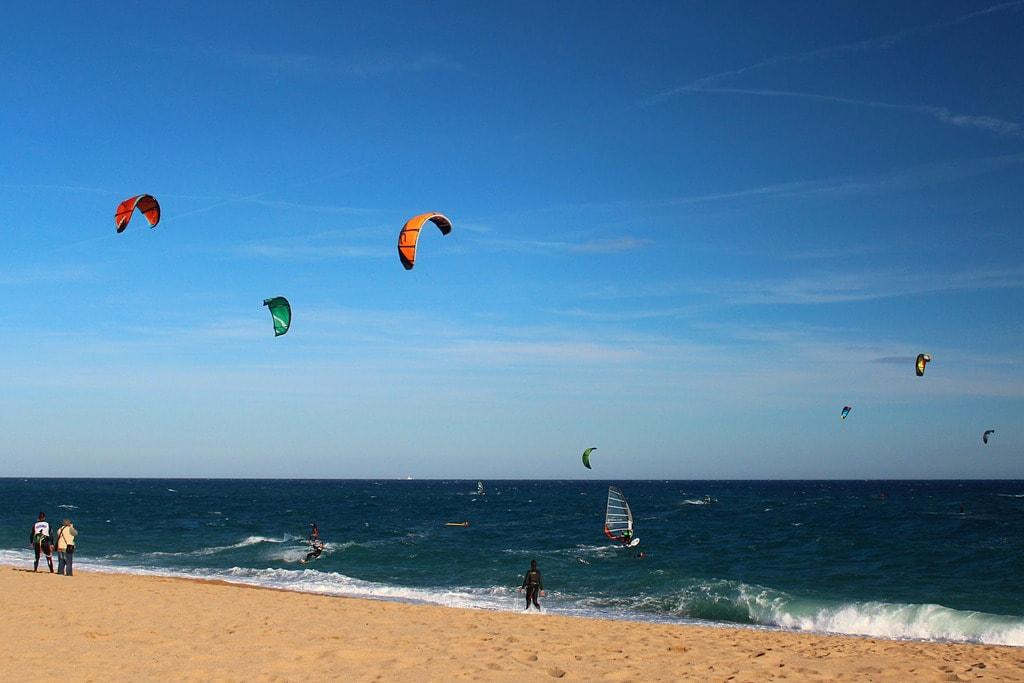 Kitesurfing | © Albert Torello/Flickr