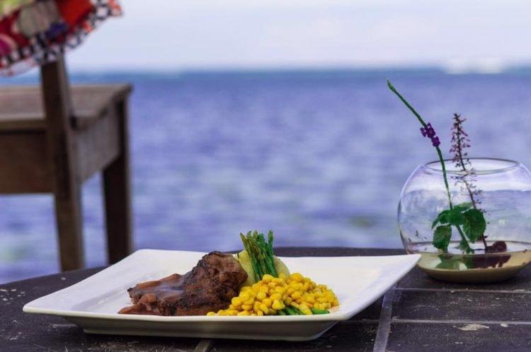 Image courtesy of Viento Del Mar Siargao Restaurant