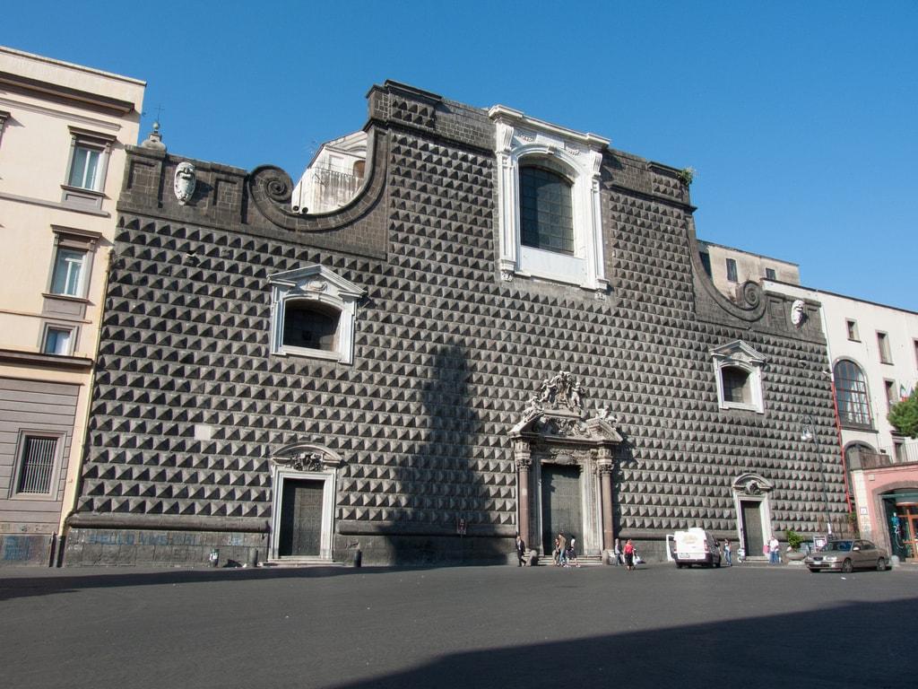 The striking facade of Chiesa del Gesu Nuovo   © Allan Parsons/Flickr