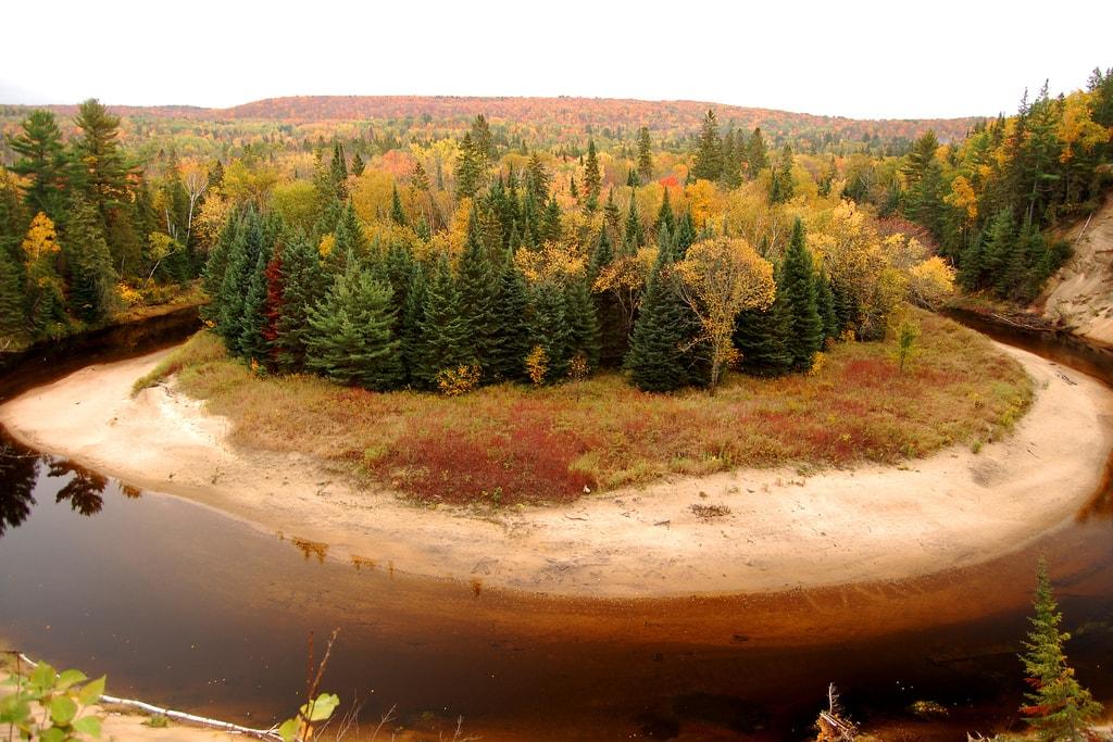 Arrowhead Provincial Park   © John Vetterli/Flickr
