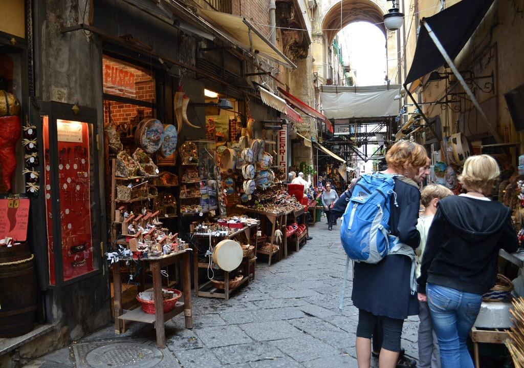Via San Gregorio Armeno   © Giuseppe Guida/Flickr