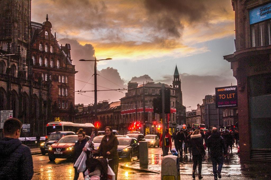 Edinburgh's Princes Street   © ddh Photos / Flickr