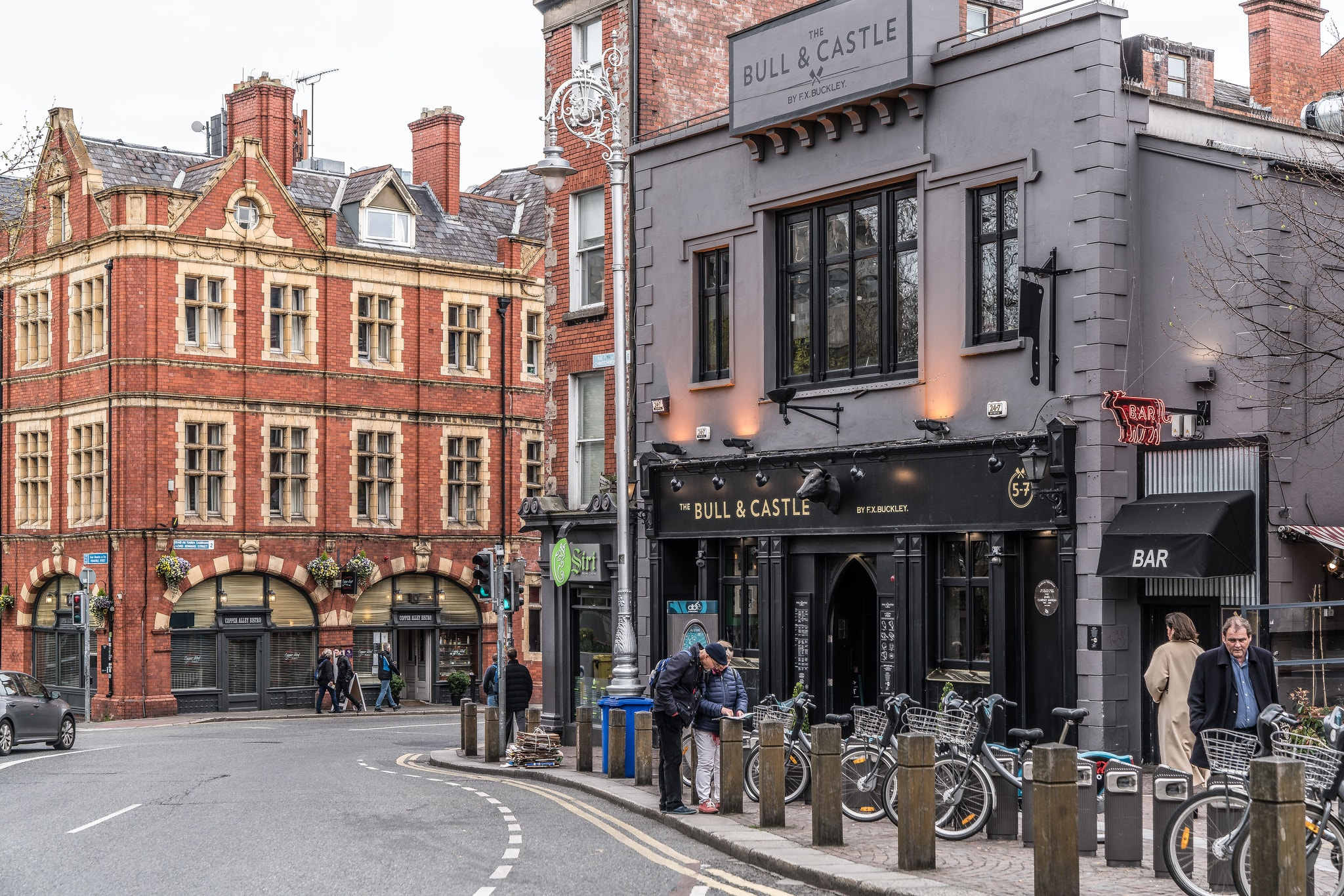 Top 10 Bars and Clubs for Students in Dublin - Ireland Before