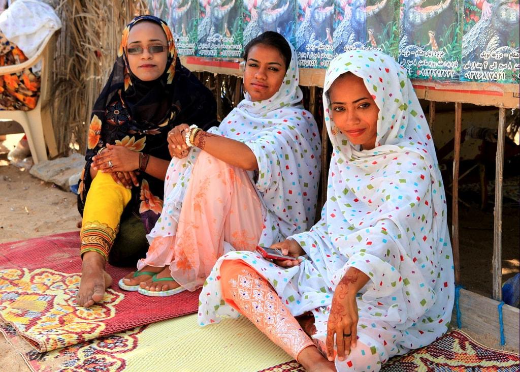 Iranian ladies from Hengam Island in the Persian Gulf   © Ninara / Flickr