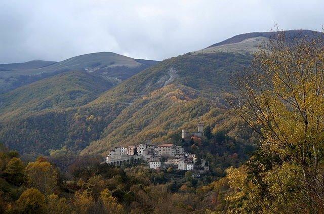 640px-Arquata_del_Tronto_panorama