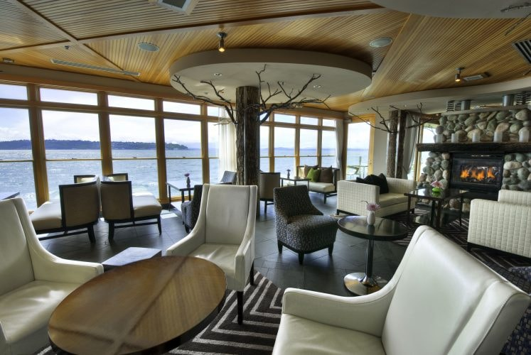 Six Seven Lounge | Courtesy of The Edgewater