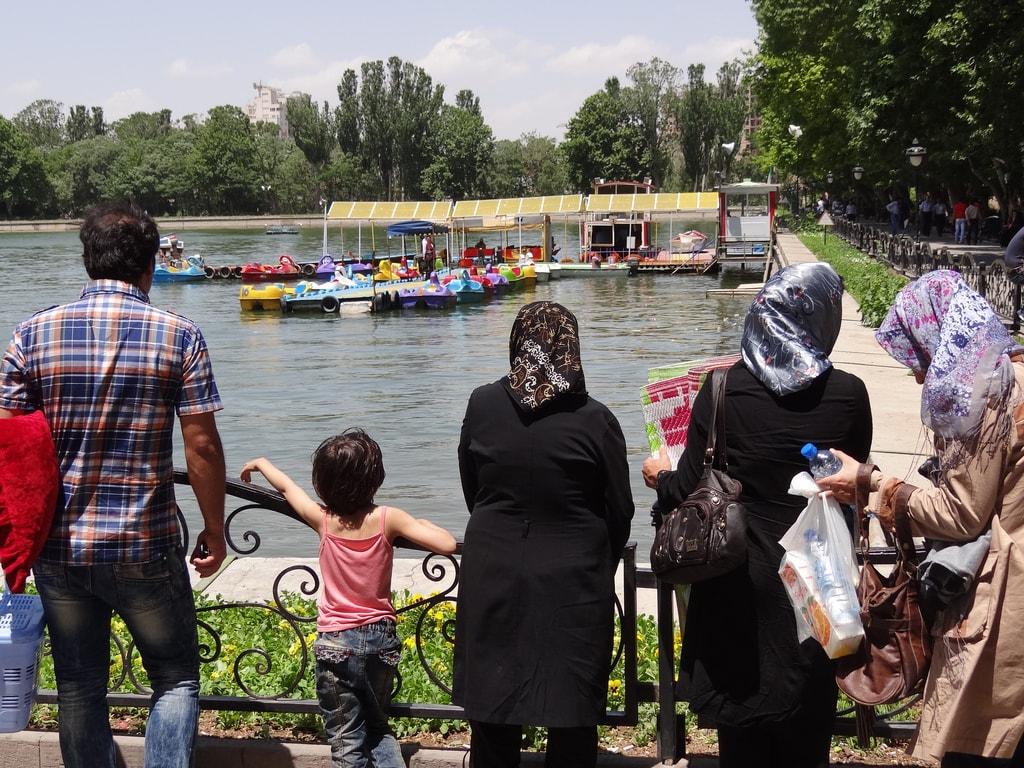 Iranian families are close-knit   © Adam Jones / Flickr