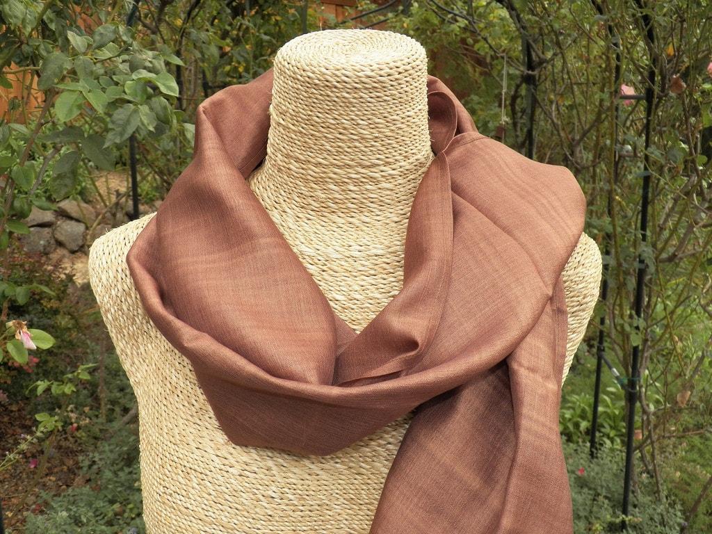 Silk scarf | © Stephanie King/Flickr