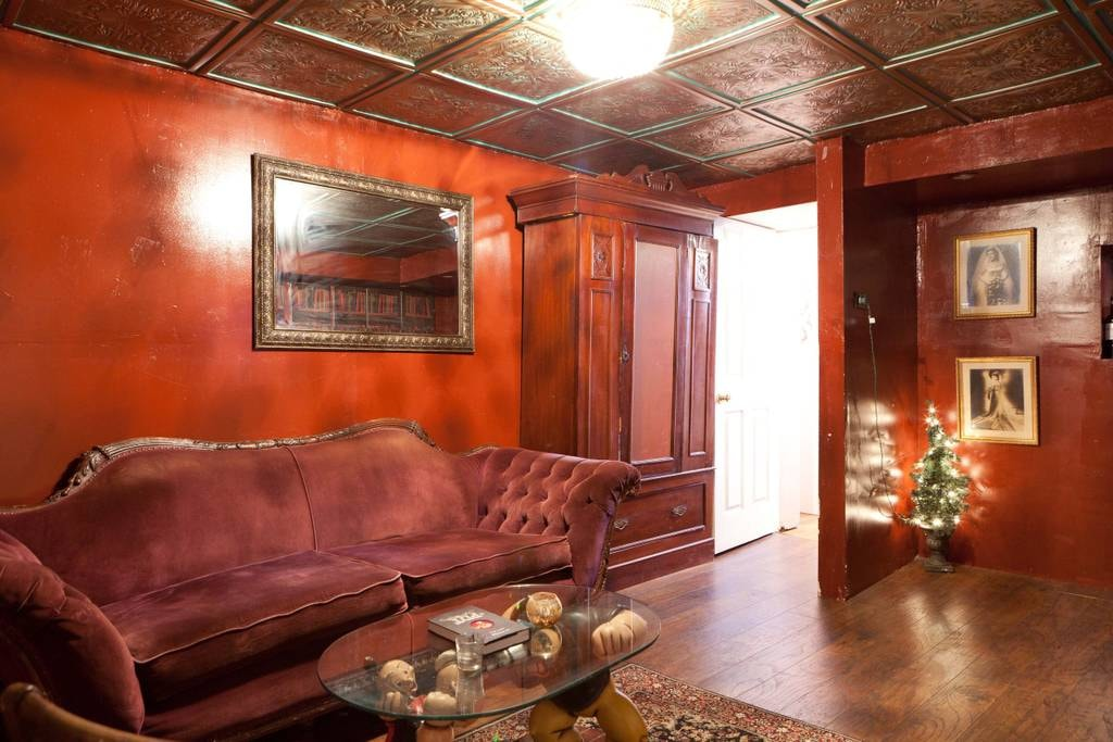 Two Bedroom Apartment with Hidden Speakeasy | Courtesy of Chris/Airbnb