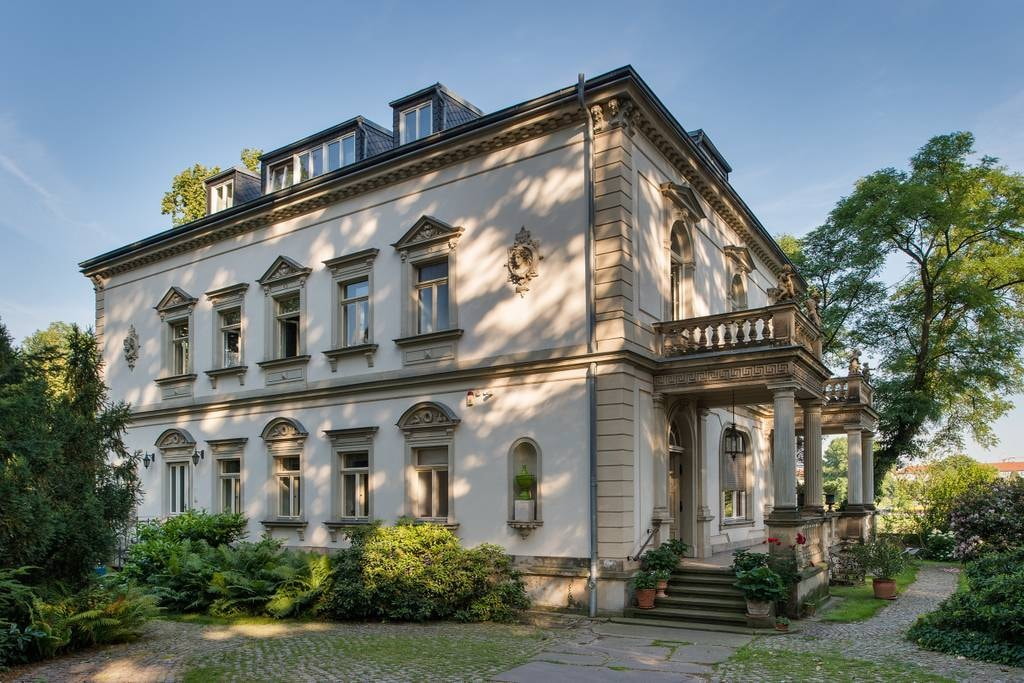 Waterfront villa in Dresden