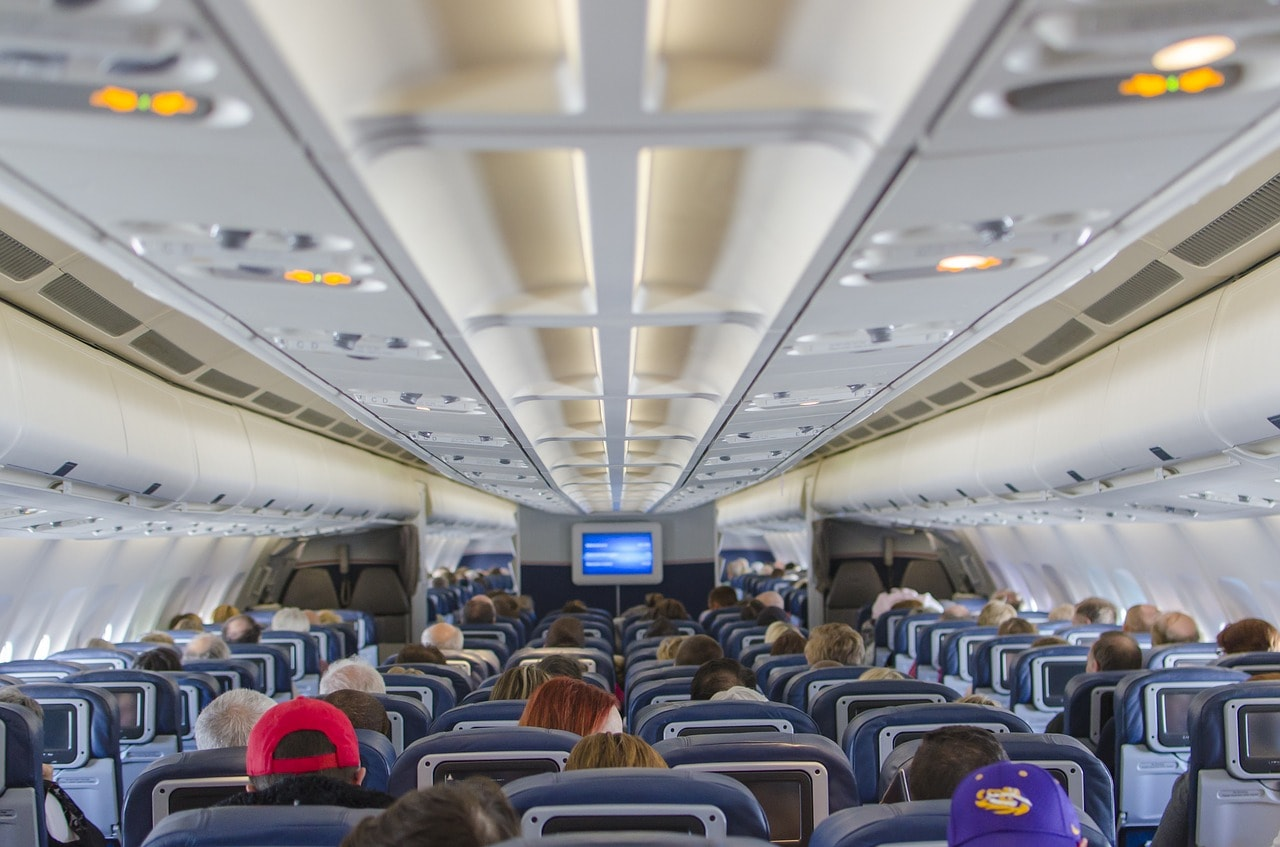 airplane-seats-2570438_1280
