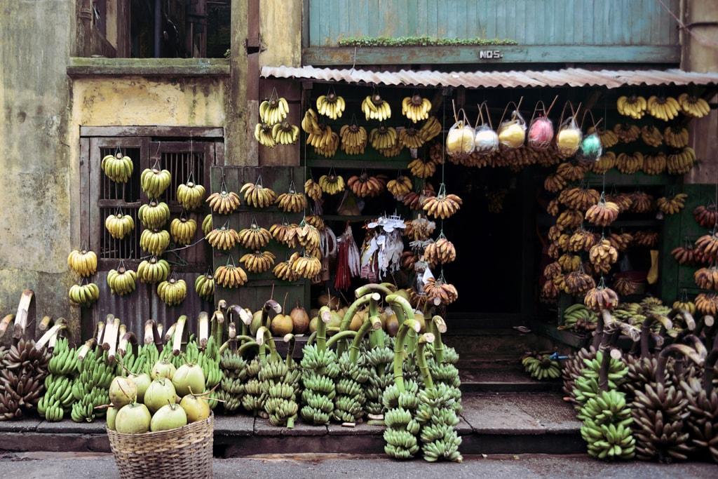 Banana-Shop-on-17th-Street-in-Yangon