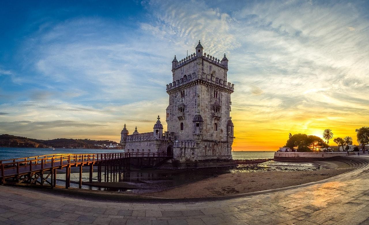 https://pixabay.com/en/bel%C3%A9m-tower-belem-tower-lisbon-2809818/