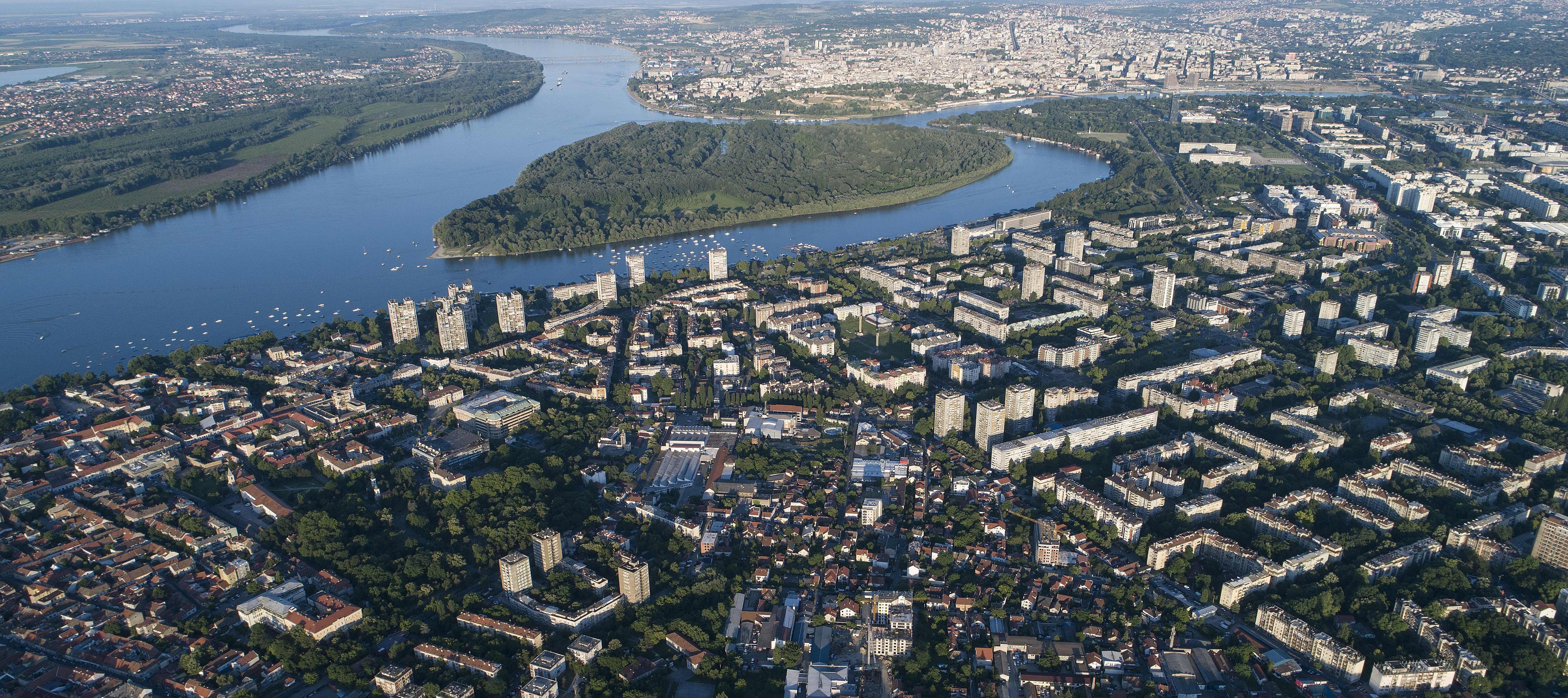 Beograd u slici - Page 4 Belgrade_aerial_k1-copy