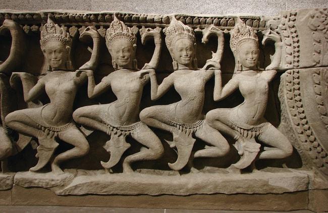 carvingsdancers