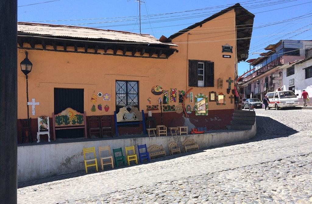 Artisan Craft House in Tlalpujahua, Mexico   ©GABIEGUIN/WikiCommons